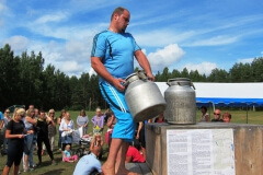 2011-07-18_K-N_Linnapäevade_Saarde_vägilane_16
