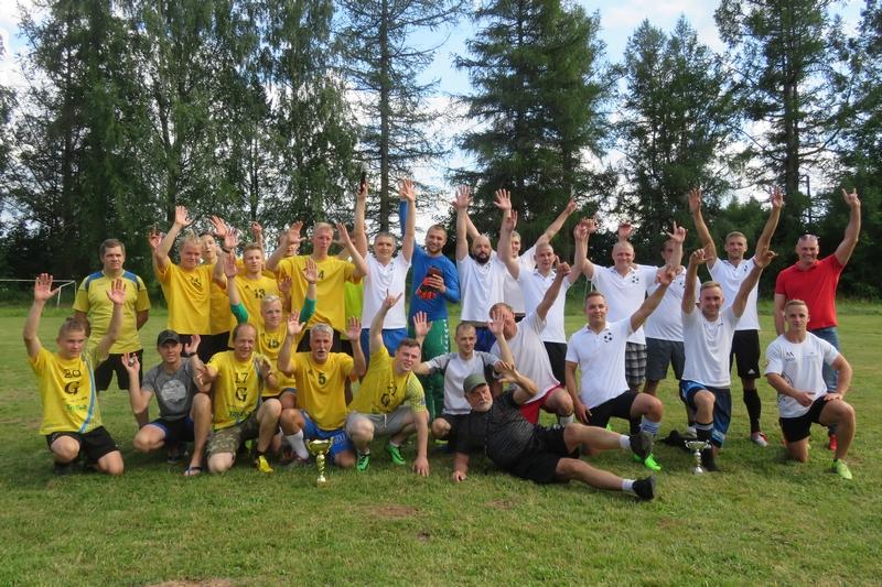 f19f5779bbd 2019 Kilingi-Nõmme linnapäevade spordiprogarammis oli kavas neli võistlust.  Laupäevahommikusel 3 x 3 tänavakorvpallishowl jagati medalid kolme  võistkonna ...